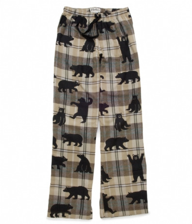 I want these pyjamas pants! Who doesn't like bears right?