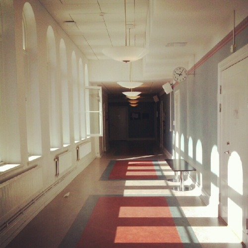 "Minnen. ""Memories.""My high school corridor. The S-building. The Musicplanet."