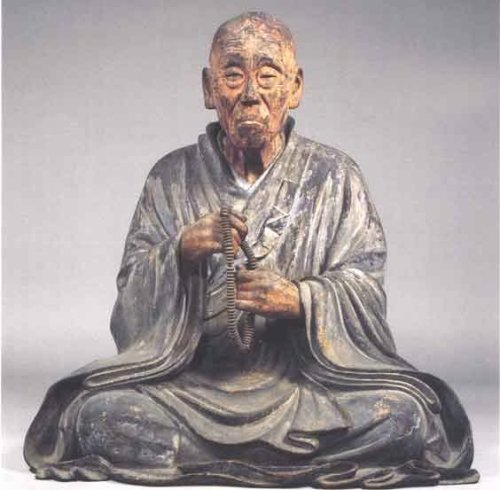 "kelledia:  Monk Chōgen Shunjōbō 重源俊乗坊,circa 1206. Hollow assembled woodblocks with traces of pigment. H = 81.8 cm.  National Treasure, Tōdaiji. Rosenfield calls this one of Japan's oldest surviving examples of true portraiture, one that expresses a ""renewed taste for realism"" and heralds ""many traits of Japanese culture in the centuries to come."" Photography by Hiyashizaki Tomoo, photo fromNara National Museum."