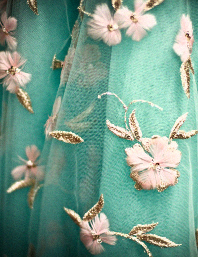 stopdropandvogue:  Detail at Oscar de la Renta Spring/Summer 2013