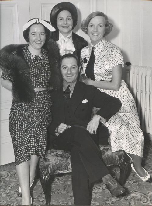 Natalie, Norma and Constance Talmadge with George Jessel in 1935  I wanted to see what the girls looked like later in life. They aged pretty well I must say.