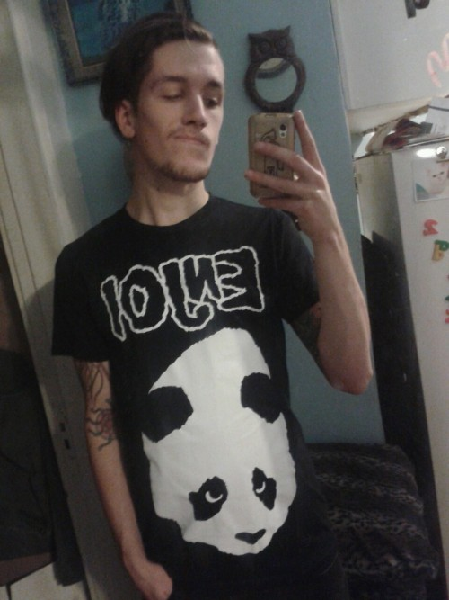 ieatdirt:  Enjoi Misfits shirt?! Yes please!