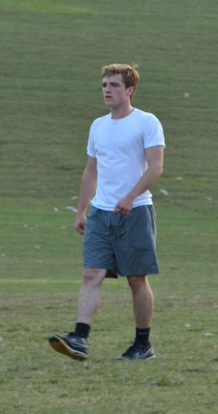 -stitchmyheart-:  Me and my dad came upon Josh Hutcherson playing soccer with some friends in Piedmont Park tonight…no big deal or anything!