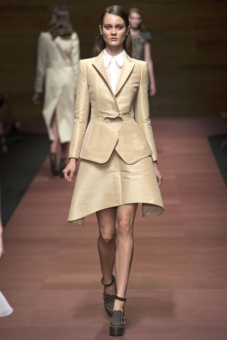 Oh, the the shapes and textures! So beautiful! Carven Spring 2013