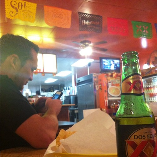 The #unfiltered #beauty of #authentic #mexicanfood #dosequis and #wheeloffortune of course. A great way to wrap up a trip with the #indefatigable @knighttyler  (Taken with Instagram at Carnitas La Villa)