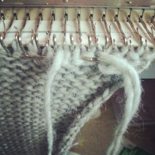Tapestry needle bind off #knit (Taken with Instagram)