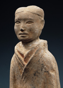 Official. 2nd century BC, Western Han dynasty, China. Found here.