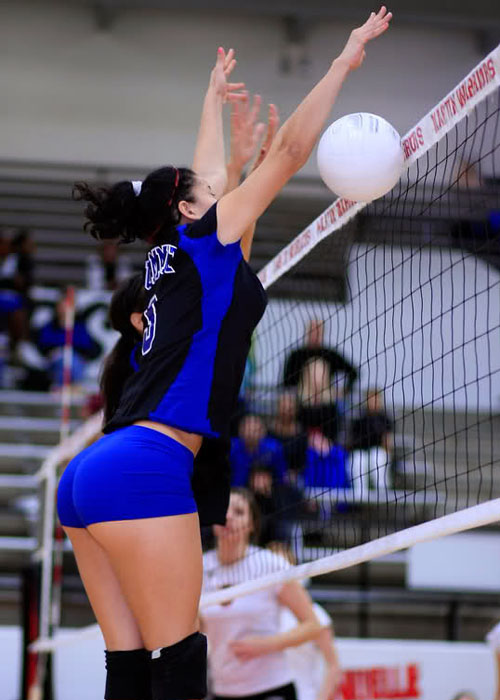 I've seen some hot Volleyball ass, but Dayum.  8-0