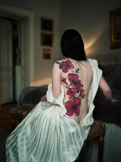fuckyeahtattoos:   Björn Abelin photography  Holy hell.