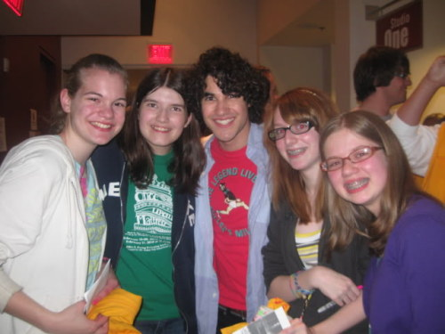 """He signed our shirts and my CDs. And then he signed my shoe: ""Darren Criss :) I just signed your SHOE! WOAH!"". He seemed really happy that we bought his CD."" Darren Criss with fans after one of the AVPS shows. [Source]"
