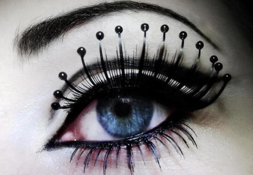 Big Eyelashes On Tumblr