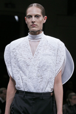 journaldelamode:  Paris Fashion Week, Givenchy SS 2013,Alexandra Martynova