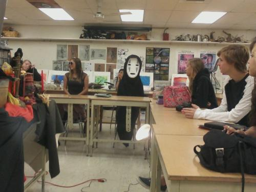 "heathyr:  mikibats:  SOMEONE CAME AS NO FACE TO MY SCHOOL AND I CAN'T DO THIS  I would walk around the school with my hands held out saying ""ah… ah… ah"" all day"