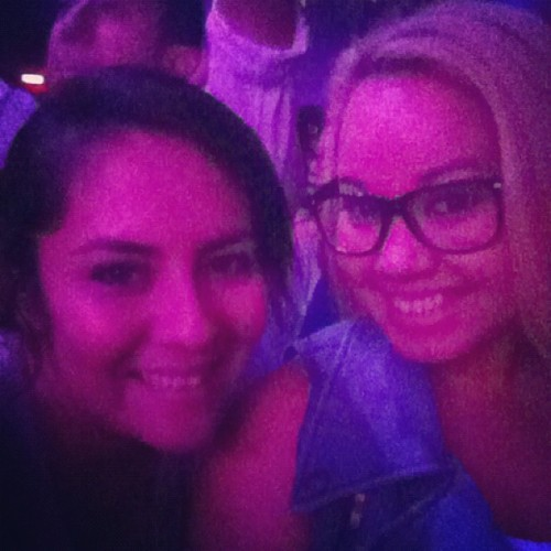 reinacakes:  Zedd & Porter Robinson with my @judeee12 😸🎉💚 (Taken with Instagram)  Bestie time