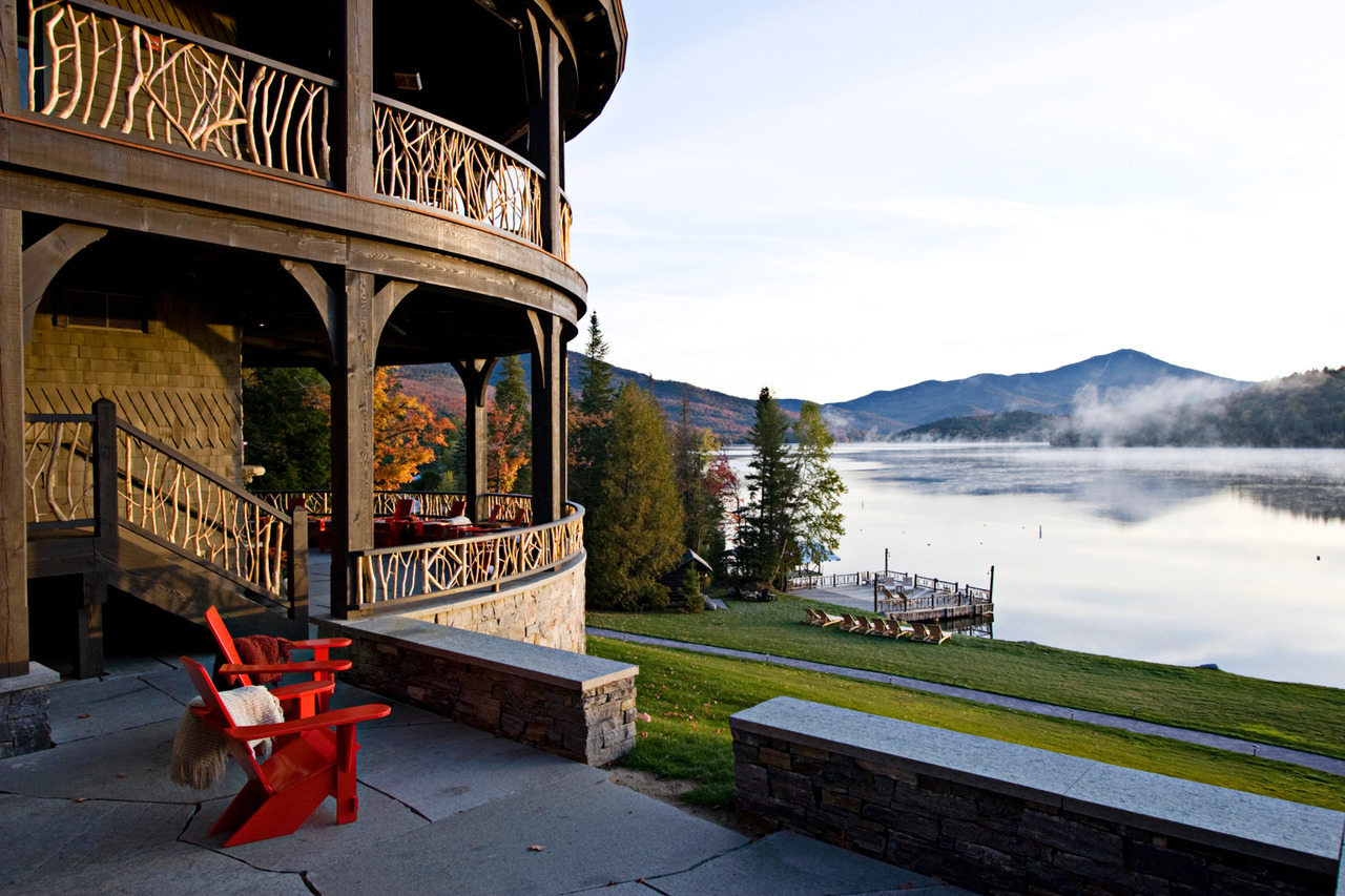 Lakeside Retreat: Lake Placid, New York