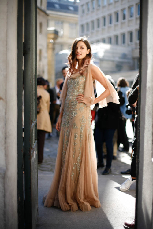 textstyles:  Eleonora Carisi outside Giambattista Valli Paris Fashion Week