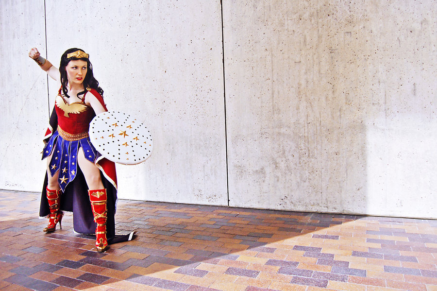 omg-dj-judy:  AB 2012 - Wonder Woman by ~IndieNate Wonder Woman -syagriaShot at Anime Boston 2012