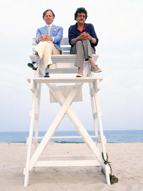 randomhouse:  Tom Wolfe and Kurt Vonnegut. …and no one invited me?  [Source: Awesome People Hanging Out Together]