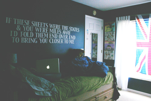 Lyrics Bedroom Wall All Time Low So Wrong Its Right Sleeping With Sirens ATL If You