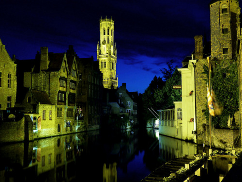 Bruges by Night by MPBecker on Flickr.