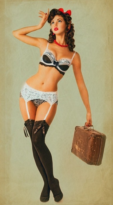thisisapinup:  Everything packed?(Via: Pinterest Pinups)