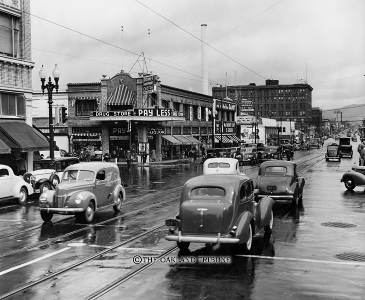 Oakland, CA - Telegraph Avenue and 19th Street circa 1941. (Mose L. Cohen / Oakland Tribune Staff Archives)