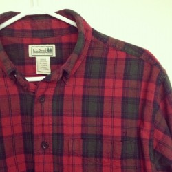 #thrift #thrifted #thrifting #llbean #plaid #menswear #menstyle (Taken with Instagram)