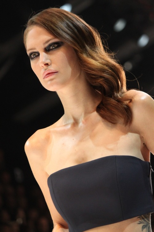 walkfaststrongcoolandurban:  Catherine McNeil, Guy Laroche S/S 2013