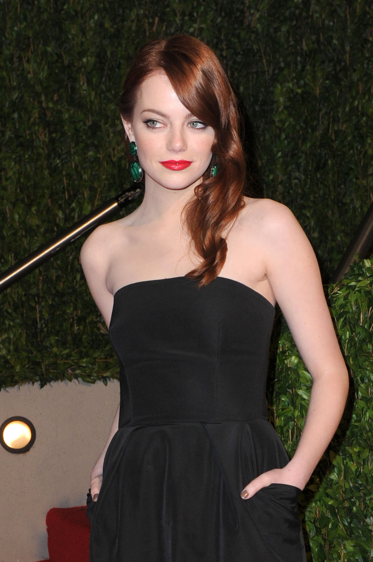 Emma Stone - 2010 Vanity Fair Oscar Party 7 March 2010Emma Stone - Source : SwaGirl.com