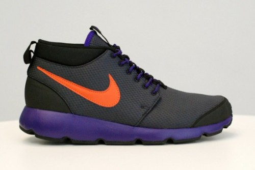 Nike Roshe Trail  Here's the final look at the Nike Roshe Trail for this Autumn/Winter. Nike designed these to withstand rugged terrain which we can see from the upper, rope laces and leather used.  We're seeing a lot of the Canyon Gold being used in the upcoming Autumn/Winter colourways along with yellows and khaki browns.  Available from Nike retailers such as Crooked Tongues soon.