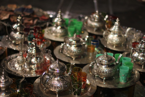 Moroccan teapot and glasses.