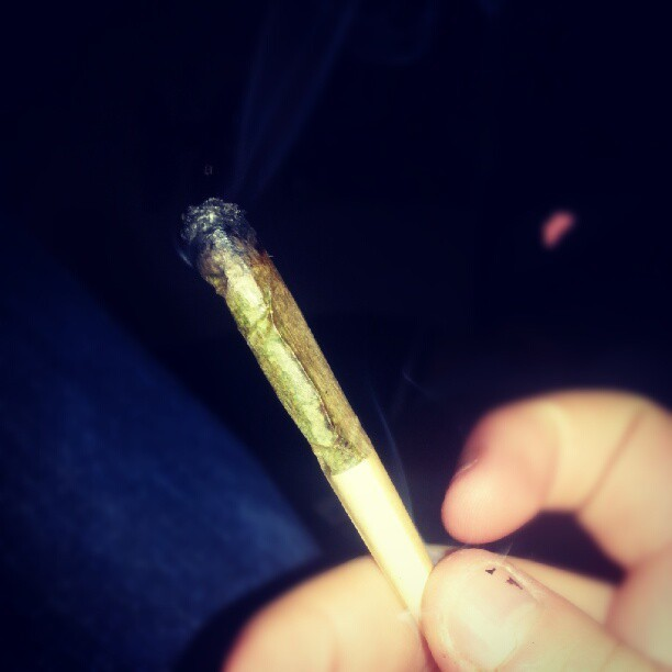 #joint #blaze #bud #weed #ganja #smoke #smoking  (Taken with Instagram)