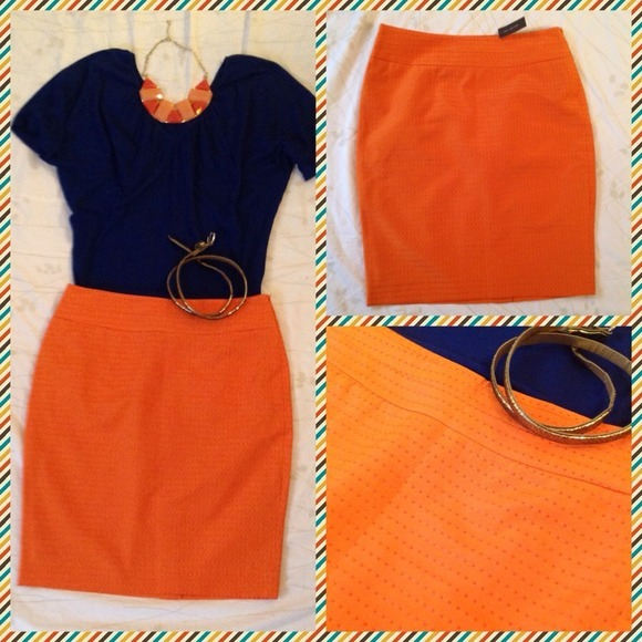 I just added this to my closet on Poshmark: The Limited pencil skirt - size 2. (http://bit.ly/WYkQxi) #poshmark #fashion #shopping #shopmycloset