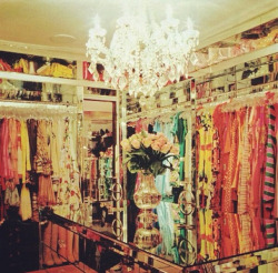 hellokittythug:  My dream closet (: