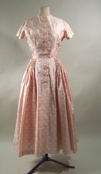 Dress Pierre Balmain, 1954 Manchester City Galleries