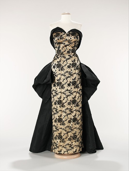 Dress Pierre Balmain, 1953 The Metropolitan Museum of Art