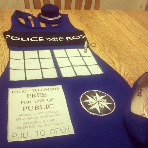 I CANT BELIEVE THIS DRESS IS FINALLY REAL #diy #doctorwho #tardis #newyorkcomiccon #nycc (Taken with Instagram)