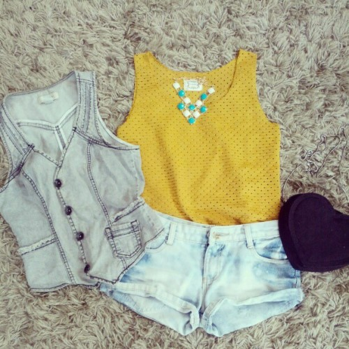 Mustard sleeveless top to be available online soon. Vist www.facebook.com/MapleberryOnline  #mapleberry #mapleberryboutique #mustatd #denim #ootdmagazine  (Taken with Instagram)