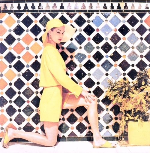 Jean Patchett - Harper's Bazaar June 1953 http://nohanoor.blogspot.co.uk