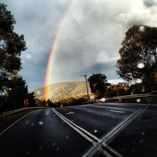 Rainbow on the drive home. #weather #rainbow #rain #sun #australia #igers #picoftheday #master_pics  (Taken with Instagram)