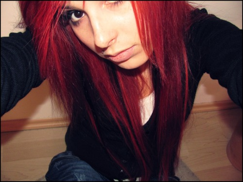 vikkieatszombies:  Sometimes I miss my red hair, it was so nice.  October, 2010