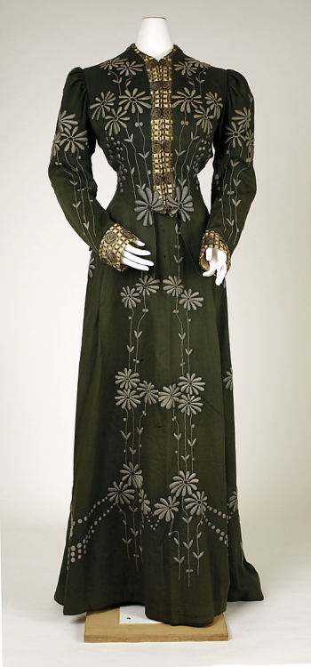 Dress 1901-1903 The Metropolitan Museum of Art