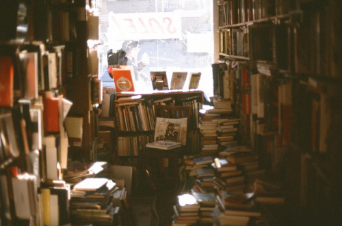 perfectmadness:  (via Ghost of Books | Flickr - Photo Sharing!)