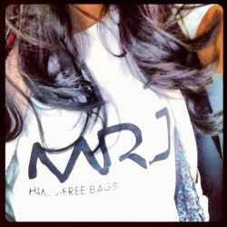 #MRJ #HandsFreeBags #Fans #Fashion #Style #Love #Tshirt #Brand #Logo (Taken with Instagram)