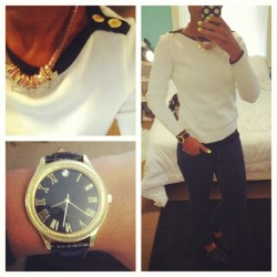 #outfitoftheday thrifted Ralph Lauren sweater and $4 Target watch. #ootd #wiw #whatiwore #thrifted #jewelry #fashion #fallfashion  (Taken with Instagram)