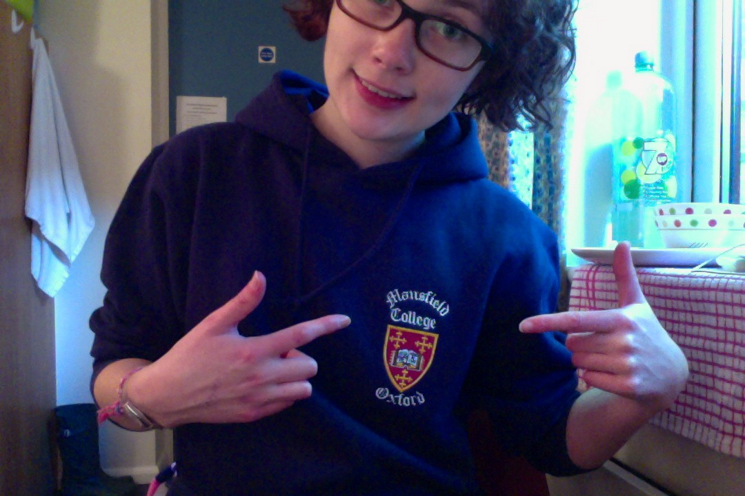 Heyoo~ I finally got my college sweater, so I suppose that I'm officially an Oxford student or something.