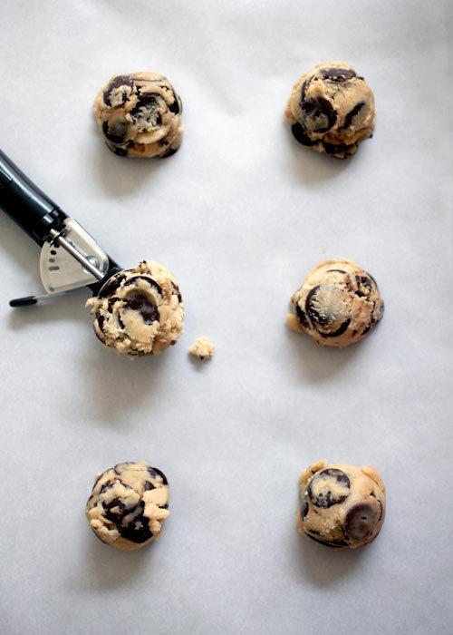 birchandsparrow:Jacques Torres' Chocolatey Chocolate Chip Cookies