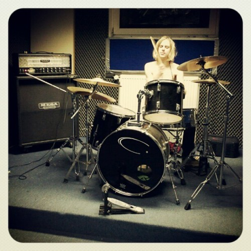 This place is awesome! Zan playing drums. #drummer (Taken with Instagram)
