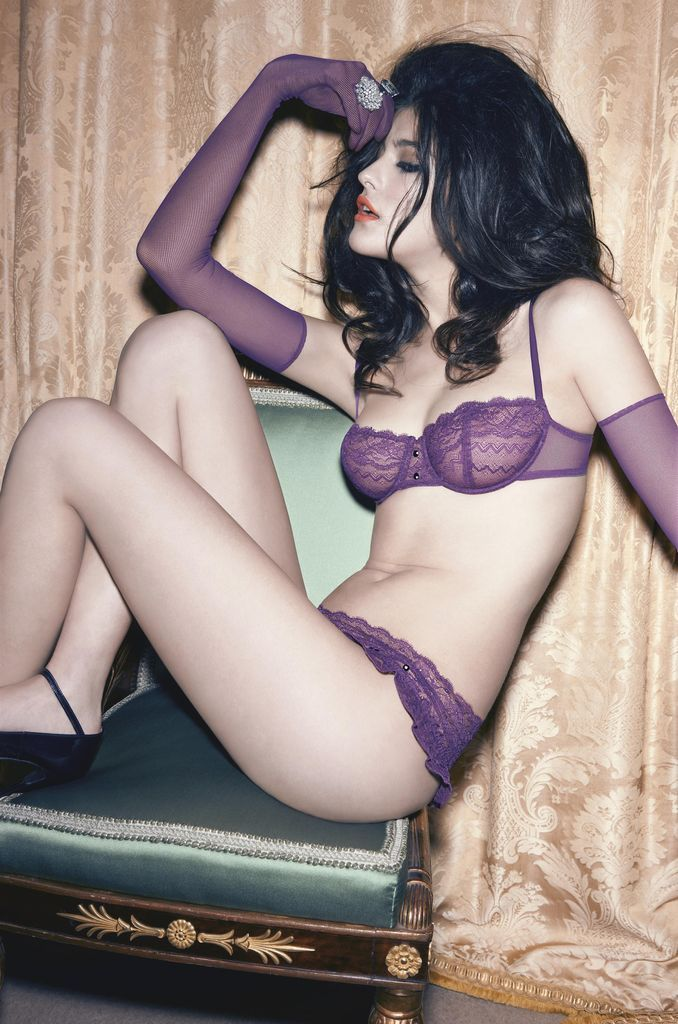Katarina Ivanovska by Ferrater Studio for Andres Sarda F/W 09