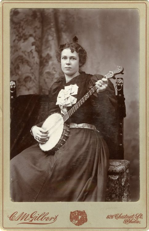 tuesday-johnson:  ca. 1880-1900's, [carte de visite portrait of a lady with her banjo], C.M. Gilbert via Jeffery Kraus, Antique Photographics